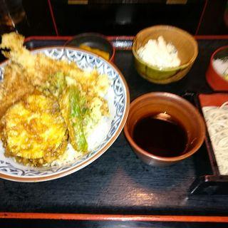 本日の天丼セット(めひかりの天丼と冷たい蕎麦)(長生庵)