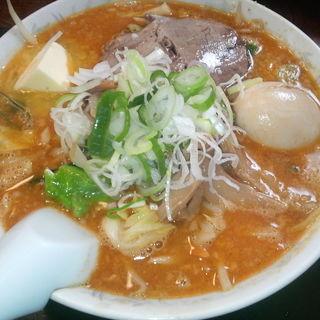 みそ野菜ラーメン+バター+煮玉子(ら~めん純輝 潮来1号店)