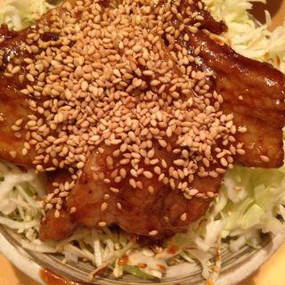 豚バラ丼(里のうどん 村岡本店)