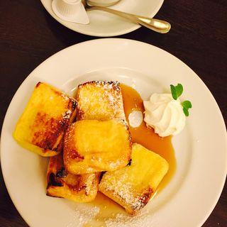 フレンチトースト(ビクトリア カフェ (Victoria Cafe))