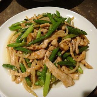 にんにくの茎と豚肉の醤油炒め(好好 東陽町店 )