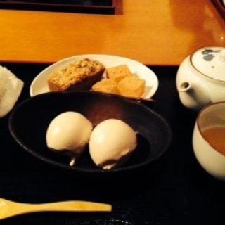 できたてきななとパウンドケーキとわらびもちのセット(祇園きなな 本店 (ぎおんきなな))