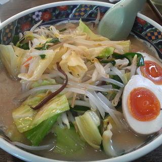 ピリ辛 野菜とんこつラーメン(辛味なし)太麺(とんこつ家  宇都宮石井店)