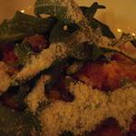 ゴルゴンゾーラチーズと緑野菜の温かいサラダ