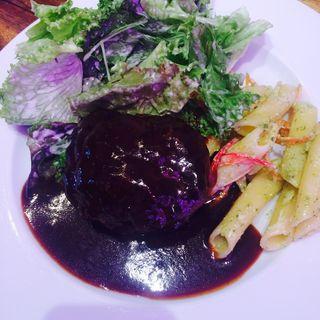 淡路産牛肉のハンバーグランチ(シエロイリオ (Riverside Cafe Cielo y Rio))