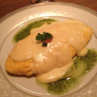 とろーりチーズとベーコンのオムレツ(チーズ&イタリアンmu-ku)