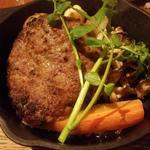 国産豚と豆腐のハンバーグ