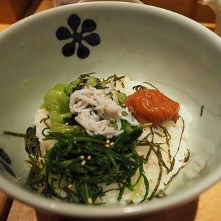 紀州南高梅と広島菜(だし茶漬け えん 成田空港店)