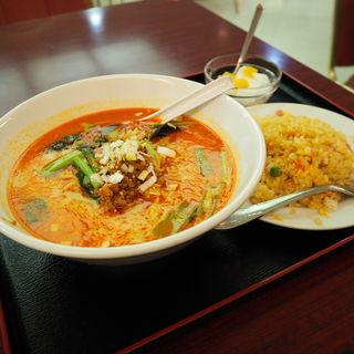 タンタン麺(崑崙飯店 )