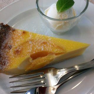 プレートランチのケーキ(カフェ ヴィランダ (cafe Villanda))