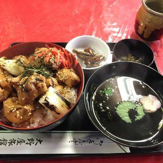 焼き鳥丼(大野屋旅館 )