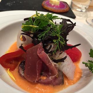 鰹と彩り野菜のマリネ(レストラン 間)