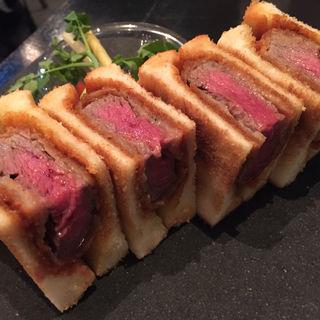 ビーフヘレカツの洋食サンド(WWW.W)