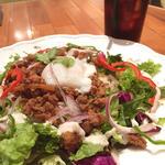 タイ風鶏肉のバジル炒めライス