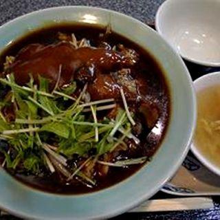 豚げんこつ角煮ご飯(天來)