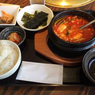 豆腐チゲランチ(大同門 江坂店 (だいどうもん))
