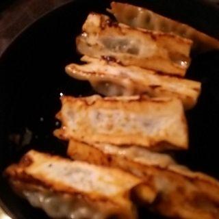 鉄鍋餃子(西安刀削麺酒楼 神田店 )