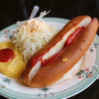 モーニングトースト(ホットドッグ+コーヒー)(カフェドムッシュ 姫路店 )