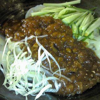 ジャージャー刀削麺(小星星 )