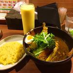 特選チキン野菜カリー(ドリンク・デザートセット)