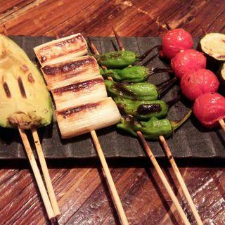 野菜串5本盛り(鳥力中央研究所 (チョウリキチュウオウケンキュウジョ))