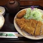 とんかつ定食(竹亭 田上店)