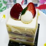 完熟苺のショートケーキ