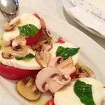 モッツァレラチーズ&トマト