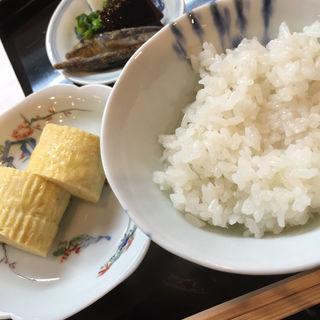 ご飯(修伯 (しゅうはく))