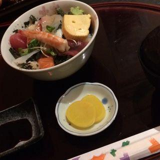 ワンコインランチ(海鮮丼)(だいにんぐ らら washoku-ya (ダイニングララワショクヤ))