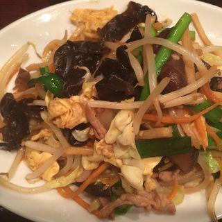 豚肉とキクラゲ玉子の炒め定食(旺旺 (ワンワン))