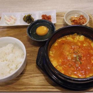 スンドゥブ定食(韓国料理 そら )