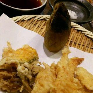 たけのこの天ぷら(二舞からす)