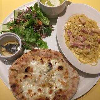 チーズピザとスパゲッティ ランチパスポート(Osteria Giulietta e Romeo )