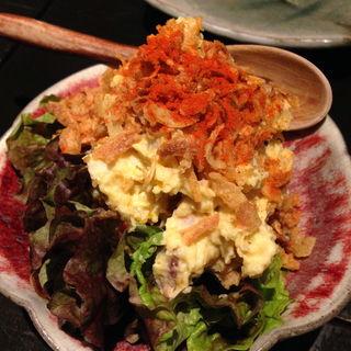 卵と焼豚たっぷりポテトサラダ(播州地酒と全国銘酒、肴 ひの )