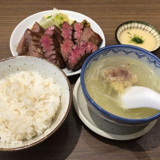 極厚!牛タン定食(森商店 イオンモール京都桂川店 )