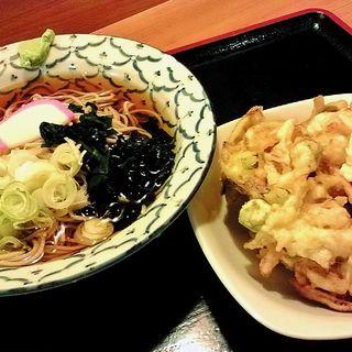冷やし蕎麦かき揚げ(しっかり八兵衛 (しっかりはちべえ))