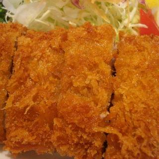 黒豚とんかつセット(ロース肉)(いちにぃさん 阪急西宮ガーデンズ )