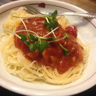 つめたいトマトのカッペリーニ(鉄板焼屋 人生の楽園 (じんせいのらくえん))
