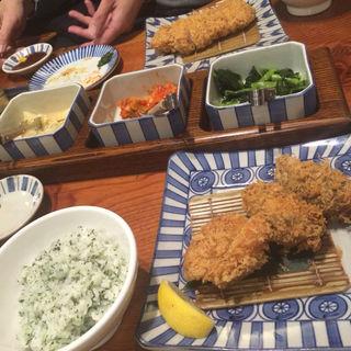 お昼の盛り合わせ定食 ひれかつと海老かつ(かつ吉 水道橋店 (カツキチ))