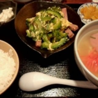 ゴーヤチャンプル定食(ナンクルナイサ きばいやんせー 日本橋店 )