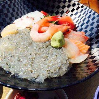 海鮮丼(海旬処 魚華 2号店(ウオハナ))