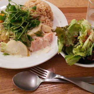 ランチプレート 鶏肉とカブのクリーム煮(ウェルカムカフェ (WELCOME CAFE 【旧店名】shiba cafe))