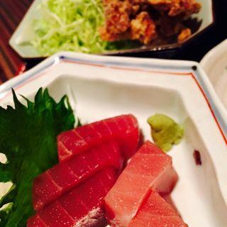 鮪刺と鶏唐揚げ定食(八徳 )