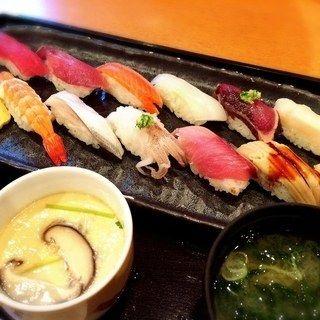 特盛にぎり(魚いち (寿司と海鮮 魚いち))