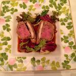 鴨肉と新ごぼうのパテと原木椎茸のパイ包みマスタードソース
