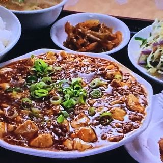 麻婆豆腐定食(隆盛園 (りゅうせいえん))