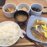 一汁三菜膳(日本橋だし場 はなれ)