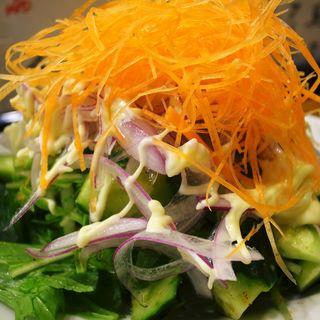 野菜サラダ(酒場 やまと )