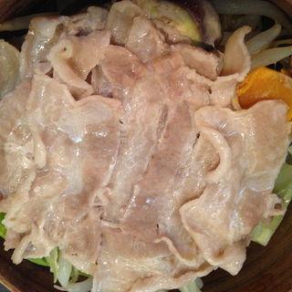 立川ファームの野菜と豚肉の蒸篭蒸し